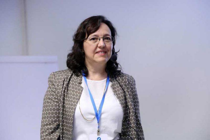 Monica Mennet, expert em regulação (imagens gentilmente cedidas pela Sindusfarma).